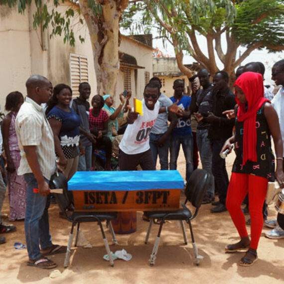 Formation apiculture avec la visite du service de communication de la présidence de la république du Sénégl
